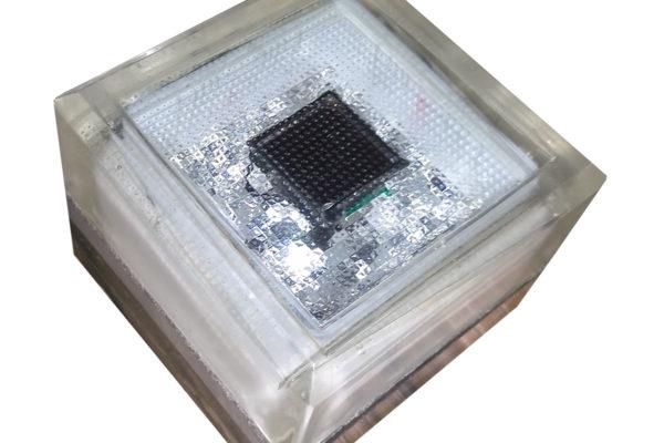 Светильники в форме брусчатки для тротуаров